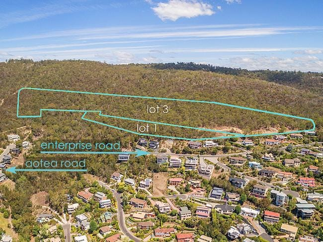 Lot 1 and 3/21 Enterprise Road in Sandy Bay