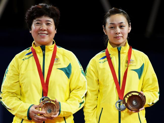 Silver medalists Jian Fang Lay and Miao Miao of Australia.