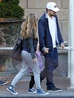 <p>Uncle Leo stands in for good pal Tobey Maguire over the Easter weekend, stepping out with Tobey's daughter Ruby and wife Jennifer Meyer. Picture: Snappermedia</p>