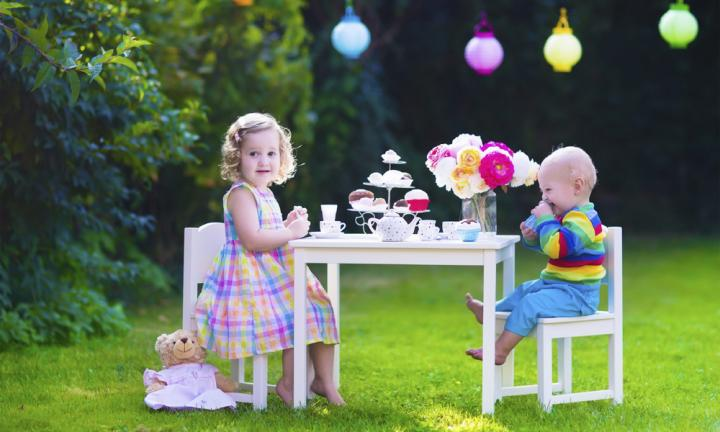 20 ways to create a magical backyard for your kids