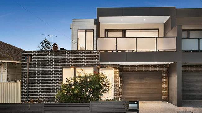 19 Federal St, Footscray.