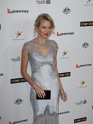 Naomi Watts' elegant dress impressed fashionistas.