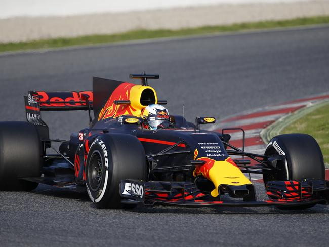 Red Bull worries about Ferrari and its cover-up tactics