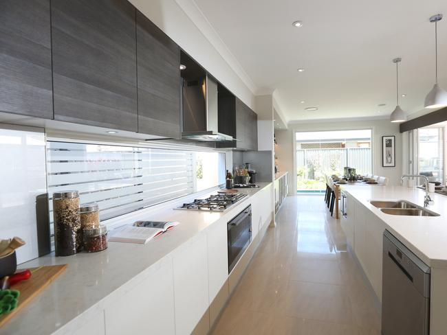 Hia awards 2015 the best display homes daily telegraph for Mcdonald jones kitchen designs