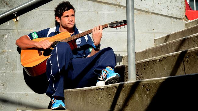 Geelong's Steven Motlop has turned his music skills to rapping.