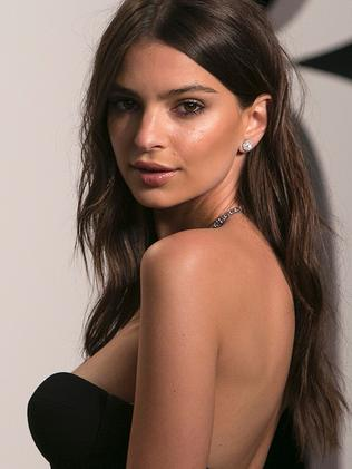 US model Emily Ratajkowski, too skinny or just right?
