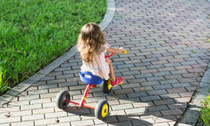 Three preschool kids escape from childcare centre on trikes