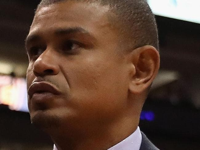 PHOENIX, AZ - OCTOBER 18: Head coach Earl Watson of the Phoenix Suns reacts as he walks off the court following the NBA game against the Portland Trail Blazers at Talking Stick Resort Arena on October 18, 2017 in Phoenix, Arizona. The Trail Blazers defeated the Suns 124-76. NOTE TO USER: User expressly acknowledges and agrees that, by downloading and or using this photograph, User is consenting to the terms and conditions of the Getty Images License Agreement.   Christian Petersen/Getty Images/AFP == FOR NEWSPAPERS, INTERNET, TELCOS & TELEVISION USE ONLY ==