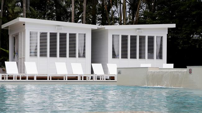 Gold coast jupiters new pool adds luxury touches as part for Pool design gold coast