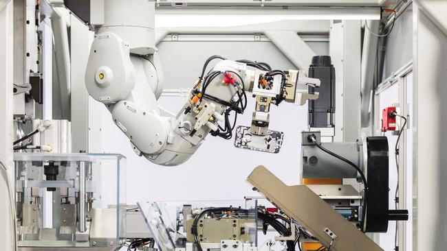 Apple's recycling robot, Daisy, can pull apart 200 iPhones in an hour.