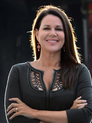 Julia Morris refuses to feel guilty about being away from her girls to work.