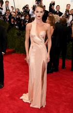 """Rosie Huntington-Whiteley attends the Met Gala 2015 """"China: Through The Looking Glass"""". Picture: Getty"""