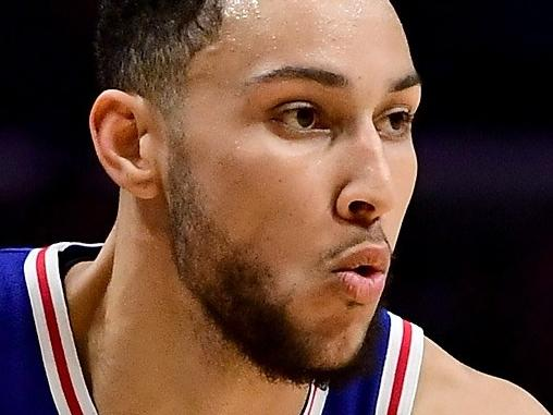 LOS ANGELES, CA - NOVEMBER 13: Ben Simmons #25 of the Philadelphia 76ers drives against the LA Clippers during a 109-105 win over the Clippers at Staples Center on November 13, 2017 in Los Angeles, California.   Harry How/Getty Images/AFP == FOR NEWSPAPERS, INTERNET, TELCOS & TELEVISION USE ONLY ==