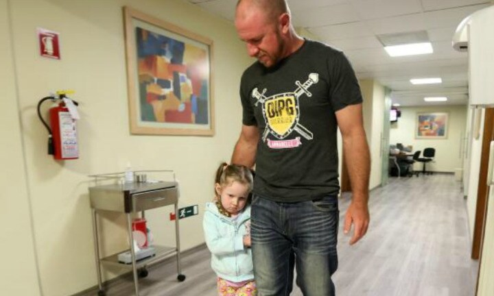 Aussie family find hope with brain tumour treatment in Mexico