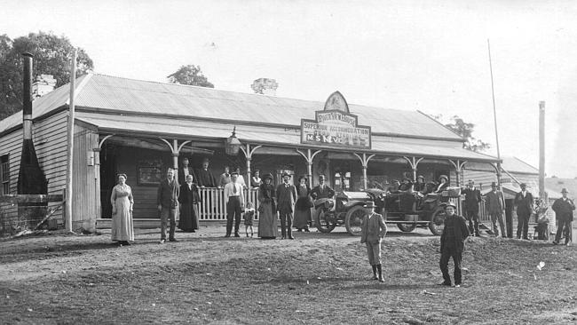 The Caves Hotel when it was known as River View House. Picture: Rhonda Coates