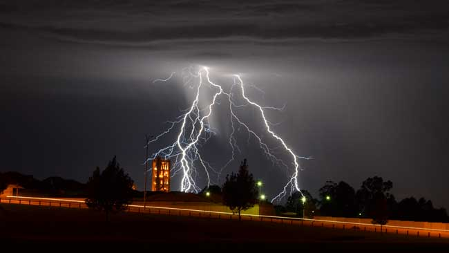 Kwinana lightning, Pic Kelly Hutton