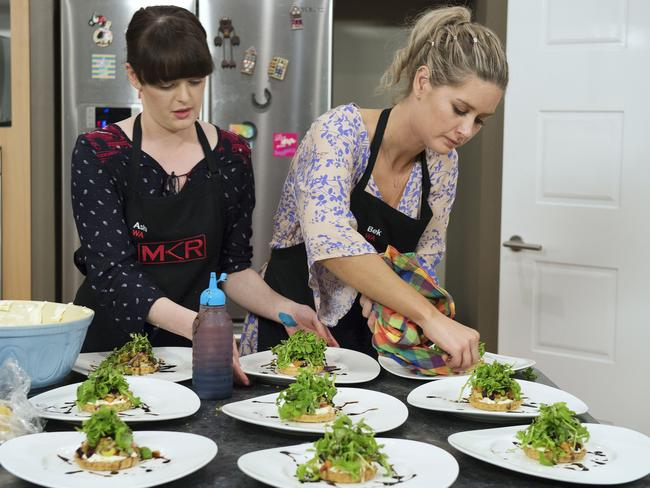 Channel 7 has canned its new reality TV cooking show, replacing it with cat videos