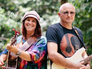 Carinda Christie and her performing partner Jason Donnelly, who she will perform with at the Yungaburra Pub for the March 2017 Yungaburra Sessions. MUST CREDIT: Ewan Cutler from Hudson Films