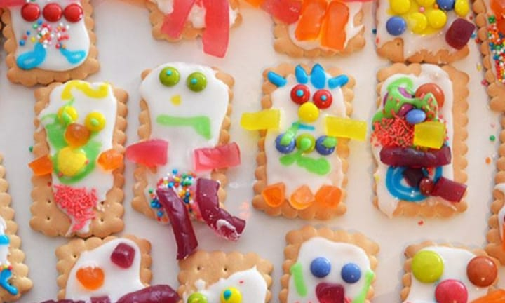 Fun ways for the kids to decorate biscuits