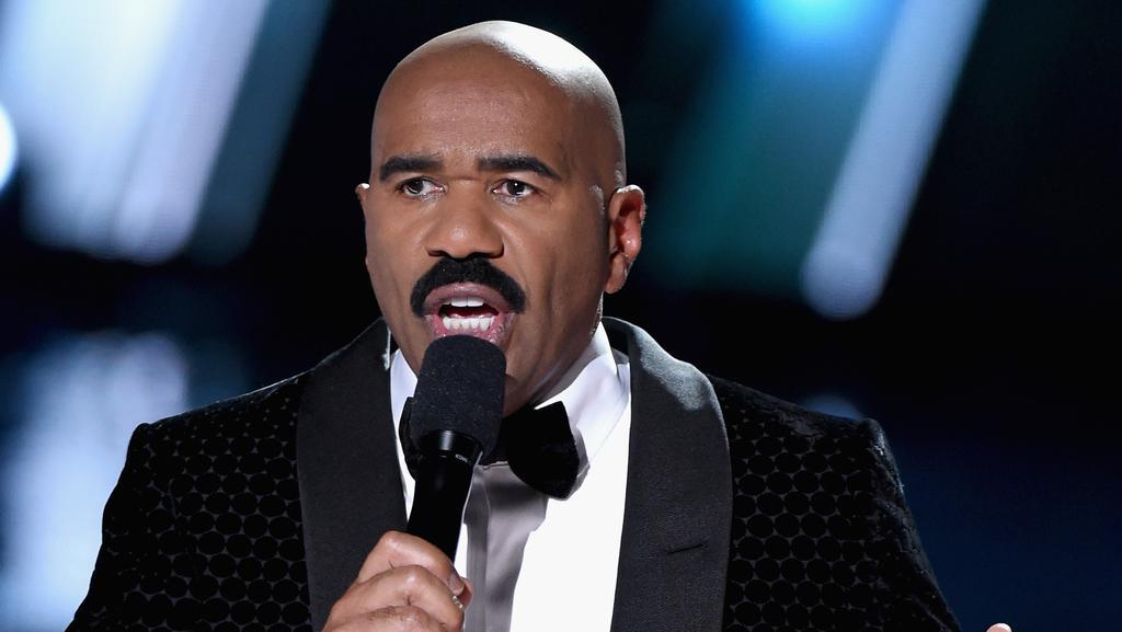 Miss Steve Harvey Among Hilarious Oscar Flub Trolling Hillary Slam Wins Inter  453292 moreover Oscars further 918385e4e1cdde3e593e547faadc82a8 as well Oscars together with Shocking Moment Oscars History. on oscar blunder steve harvey