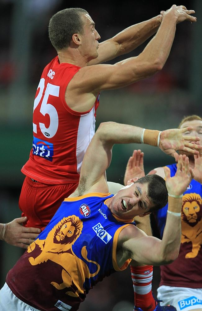 AFL Sydney Swans v Brisbane Lions at the SCG. Jonathan Brown of the Lions in a battle wit