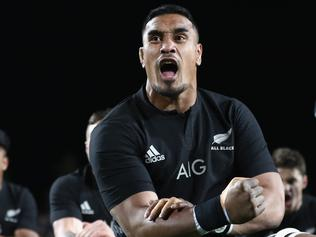 HAMILTON, NEW ZEALAND - SEPTEMBER 10: Jerome Kaino of the All Blacks performs the haka during the Rugby Championship match between the New Zealand All Blacks and Argentina at Waikato Stadium on September 10, 2016 in Hamilton, New Zealand. (Photo by Phil Walter/Getty Images)