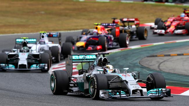 Hamilton leads early in the Spanish Grand Prix.