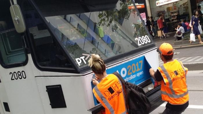 how to get to goldcoast melbourne