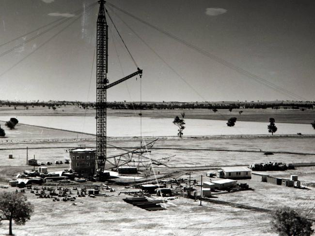 Construction of the Parkes radio telescope from September 1959 — October 1961 / Picture: Supplied