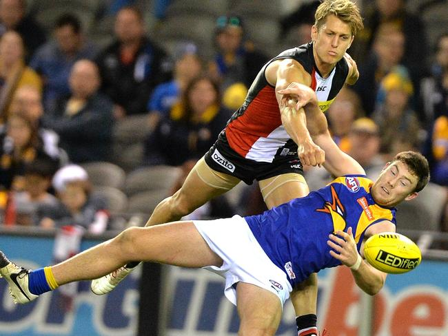 Sean Dempster spoils Jeremy McGovern Picture: Jay Town