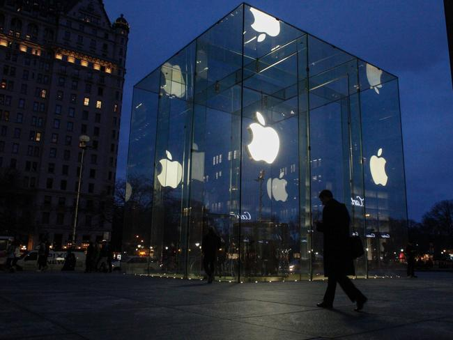 Apple has the backing of Google, the American Civil Liberties Union and the Electronic Frontier Foundation.