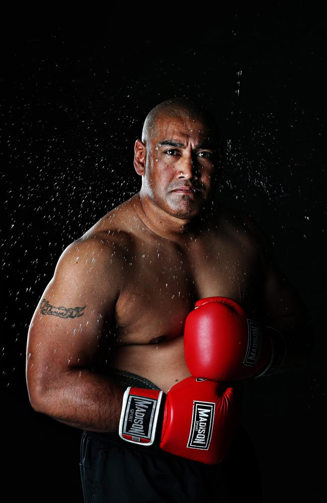 Alex Leapai will return to the ring after a year after his father's death. Picture: Annette Dew