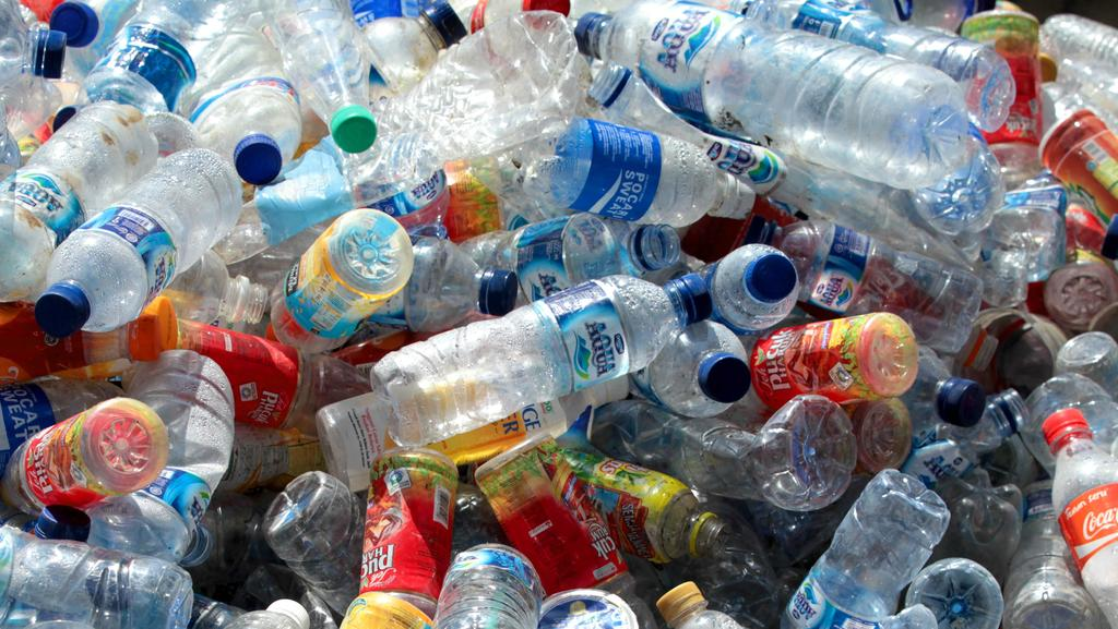 Motor City Bad Beat >> Plastic bottles: one million made every minute, crisis as ...
