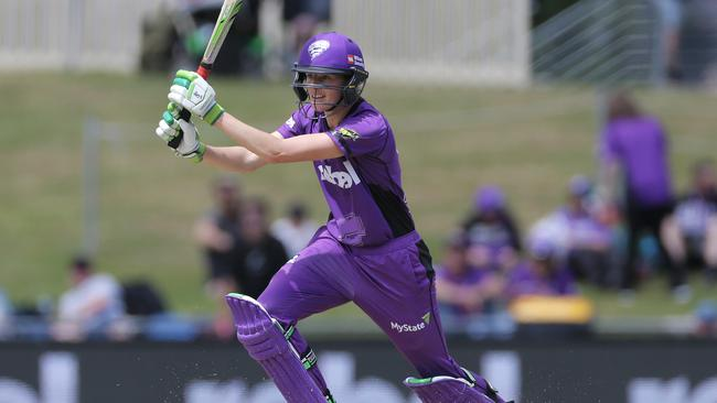Amy Satterthwaite in action for Hobart last season. Picture: Luke Bowden