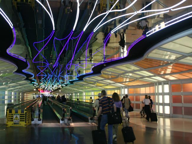 The ceiling says go straight! There's also a long straight visual line at Chicago O'Hare Airport, US. Picture: Doc Searls