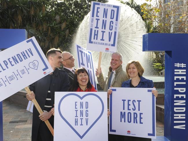 Nic Holas (l) with Phil Read, Julie Dixon, Nic Parkhill and Kerry Chant at the HIV Testing Week Launch at Kings Cross.