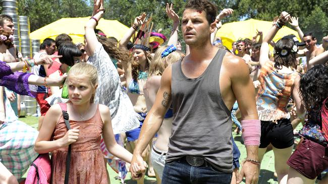 Phillips' character James abandons plans to party after meeting Rose (Angourie Rice) in  <i>These Final Hours</i>.