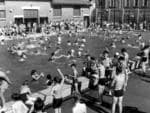 A very full city swimming pool - where apparently black bathers were seriously in fashion - on King William Rd, November 1950.