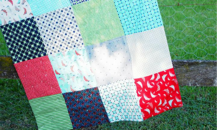 How to make a simple and beautiful baby blanket