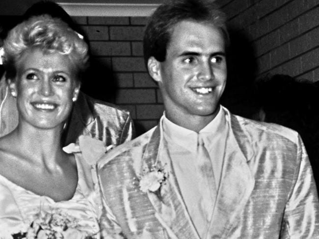 On their wedding day ... Lisa Curry and Grant Kenny in 1986.