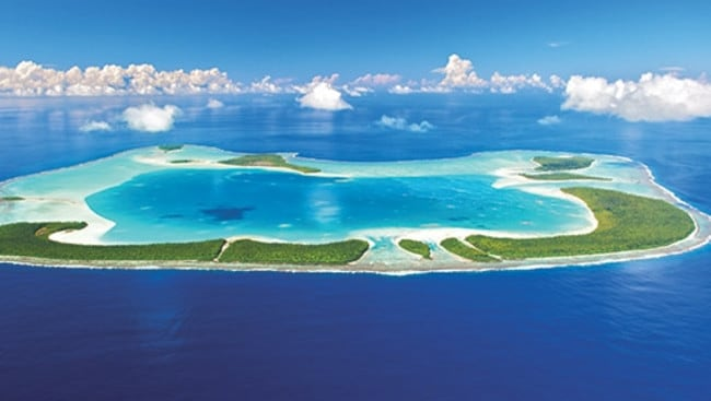 Tetiaroa is comprised of a dozen idyllic islands surrounding a spectacular lagoon.