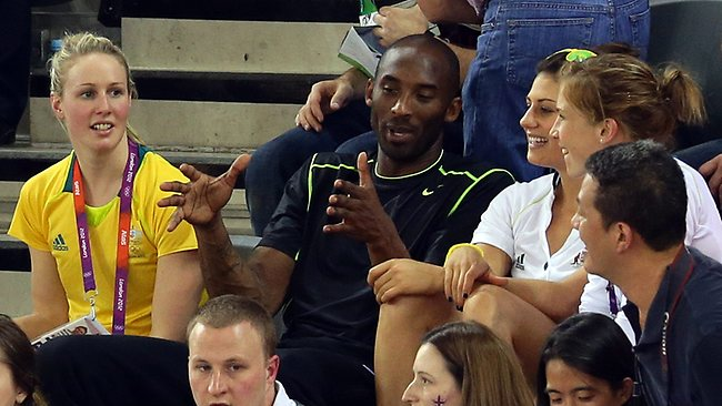 Kobe Bryant chats with Steph Rice