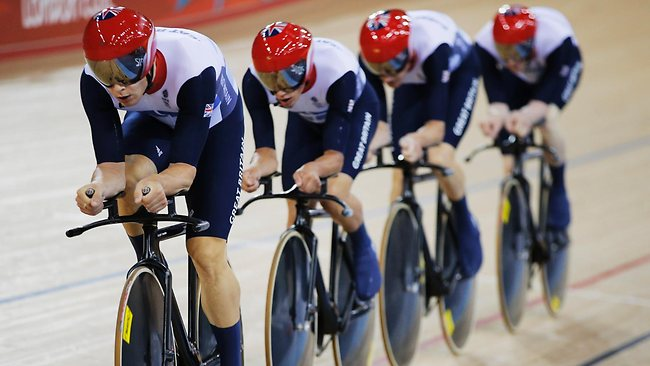 team pursuit event
