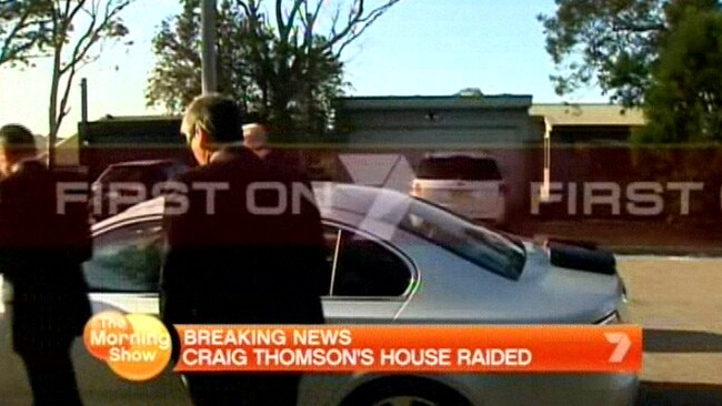 Detectives raid the home of Craig Thomson at Bateau Bay, NSW. Picture: Channel 7