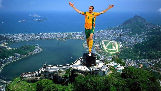 Josh Kennedy replaces the statue of christ in Rio De Janeiro.