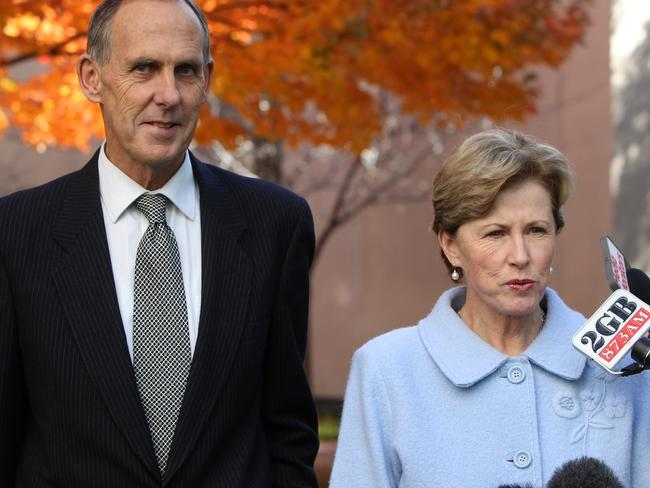 Bob Brown has paid tribute to Christine Milne as a fantastic leader.