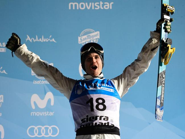 David Morris celebrates his bronze medal.