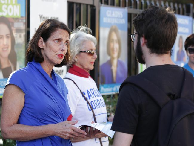 Carolyn Corrigan campaigning at Mosman High School.