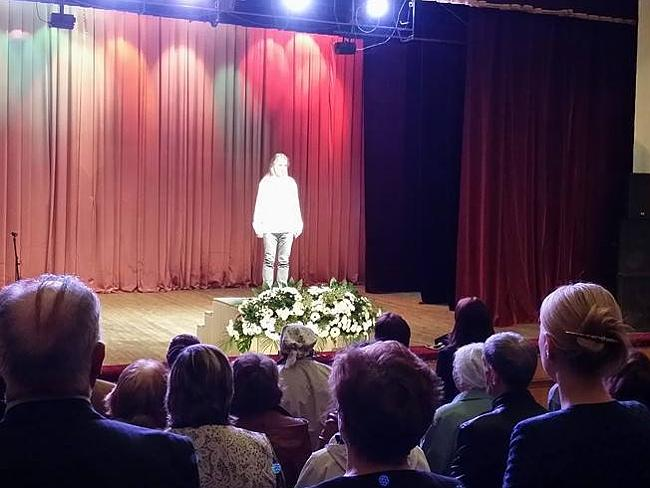 "You won't find ""Braco"" in the Australian Medical Journal. Here he is ""gazing"" at a Russian audience. Picture: Braco.net"