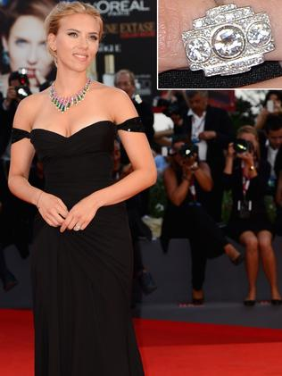 Scarlett Johansson with her antique Art Deco engagement ring. Pic: New York Post.